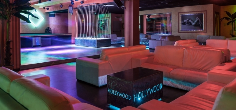 HOLLYWOOD CLUB (TO)